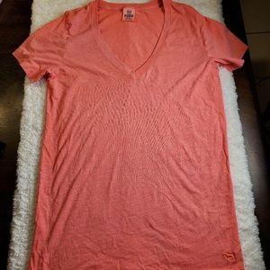 Pink vs tee size medium